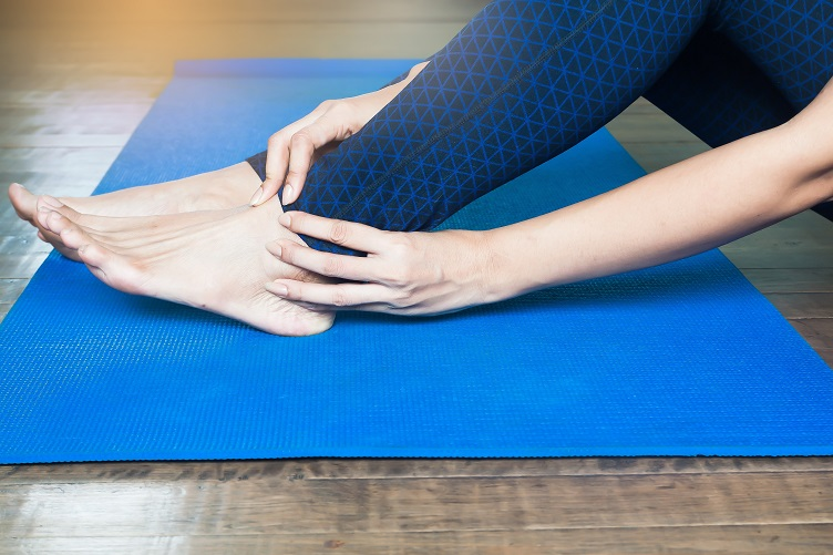 Woman injured leg while doing yoga